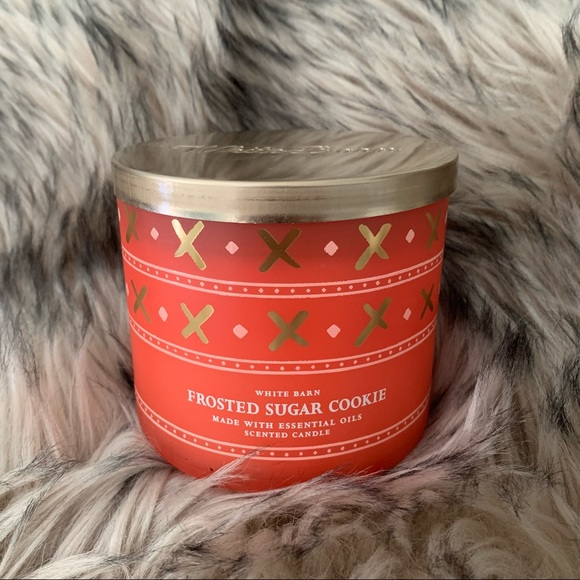 Bath & Body Works 'Frosted Sugar Cookie' Candle